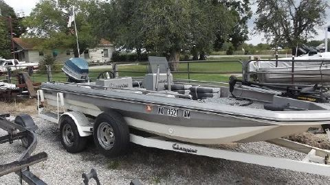 1979 Champion Boats