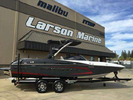 2016 Malibu Wakesetter 22 MXZ