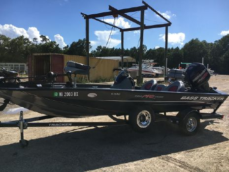 2014 Bass Tracker 190 TX