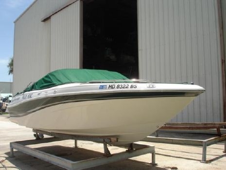 2003 FOUR WINNS 220 Horizon