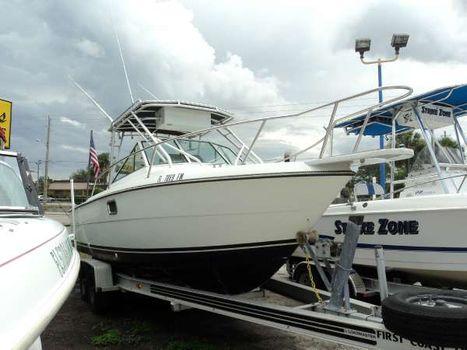 1985 Tiara Yachts 25 CUDDY