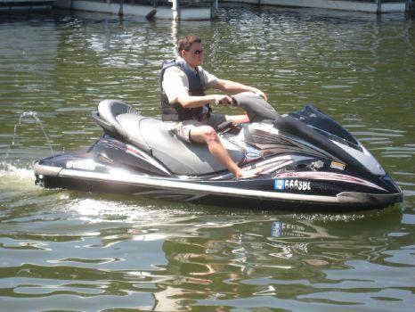 2006 Yamaha Waverunner Cruiser FX HO