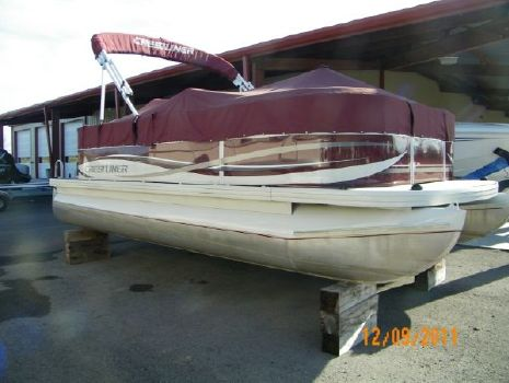 2009 Crestliner Batata Bay 1985