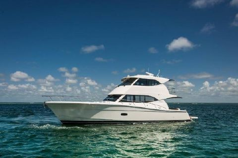 2019 Maritimo M54 Port Profile