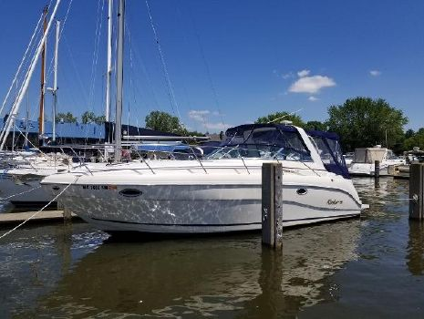 2002 RINKER 310 Express Cruiser