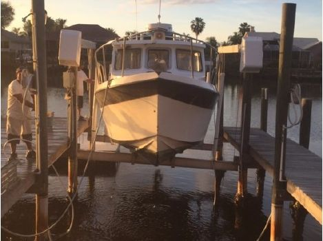 2000 Osprey Pilothouse Canyon Runner 26