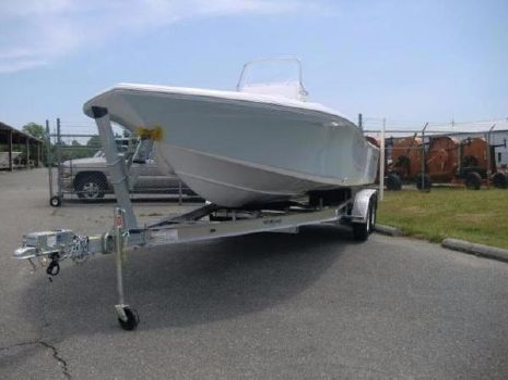 2017 Tidewater Boats Carolina Bay 2200