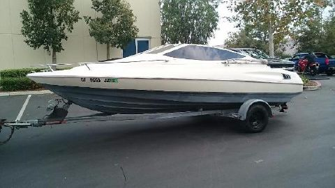 1990 Bayliner Cuddy Cabin
