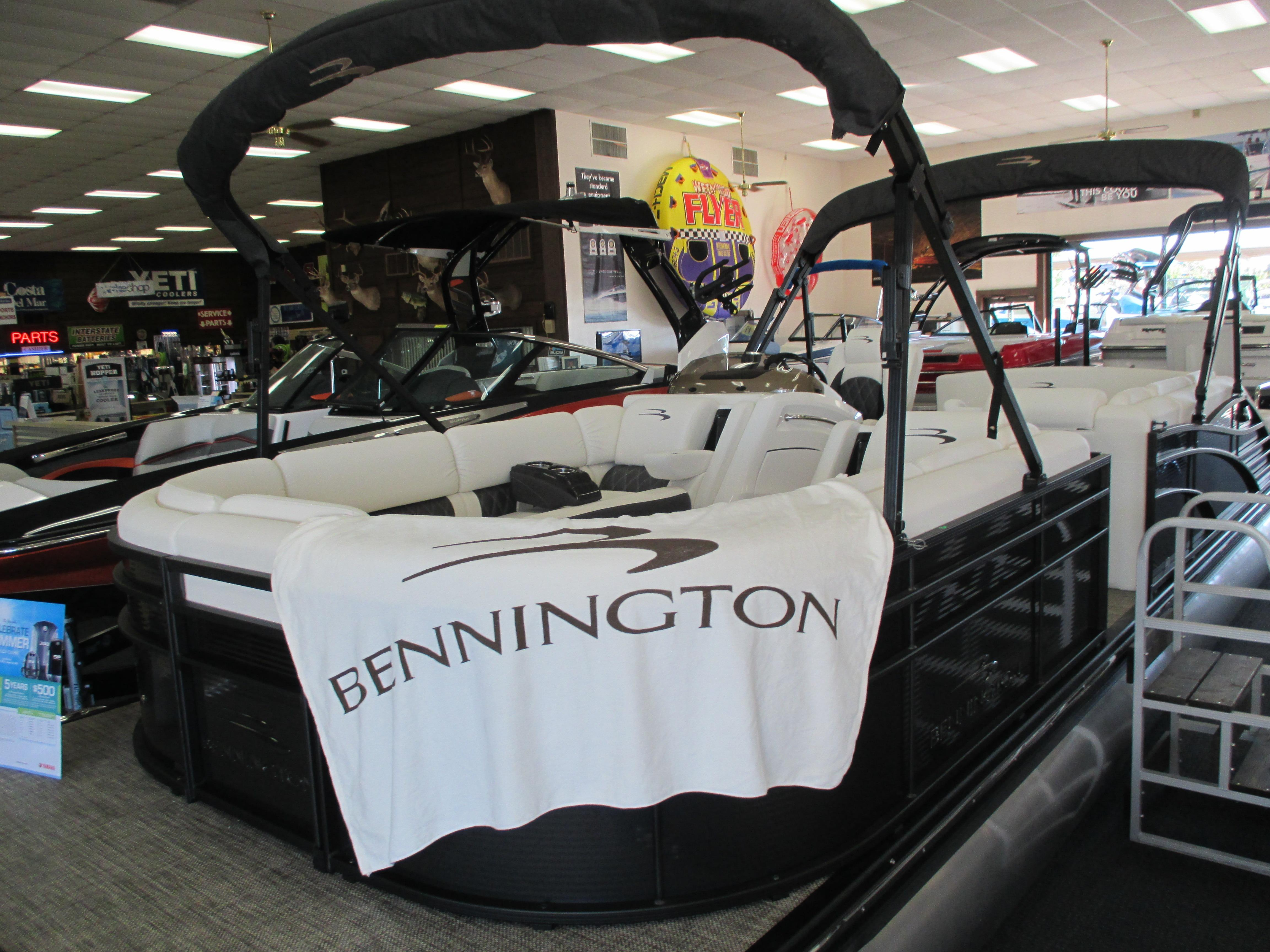 2017 Bennington 2575 RSB