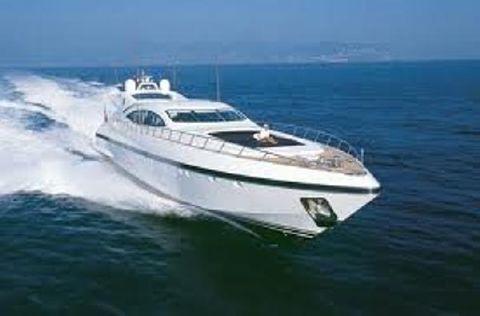 2004 Mangusta Overmarine 108