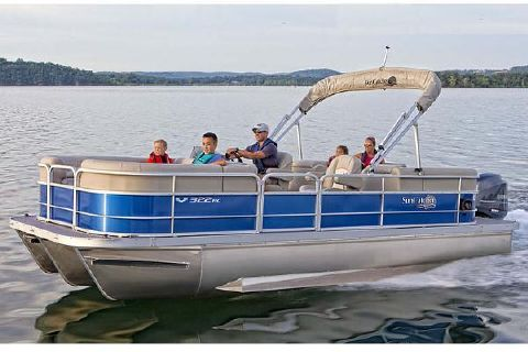 2016 G3 Boats SunCatcher V322 RC Manufacturer Provided Image