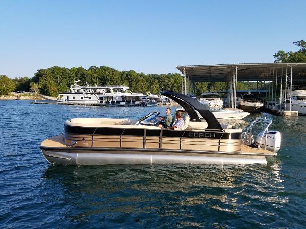 9d1431cdc7c 2018 Atlanta Boat Show- Carefree Boat Sales - Carefree Boat Club
