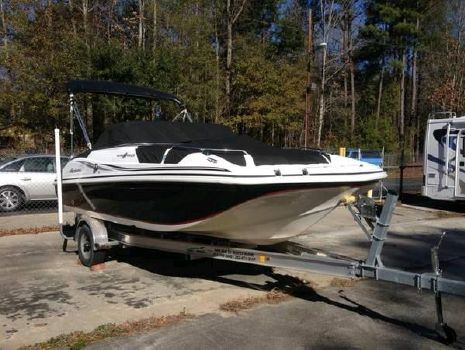 2012 Hurricane 187 sun deck