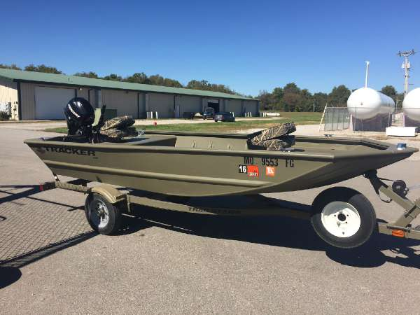 2006 Tracker Grizzly 1448 L All Welded Jon 14 Foot 2006