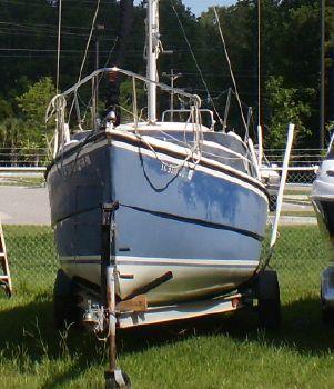 2007 Macgregor 26 Sailboat