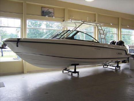 2015 Boston Whaler 270