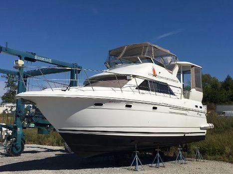 2001 Cruisers 3750 Motoryacht