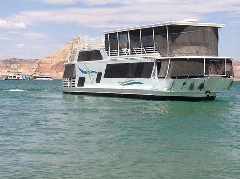 1987 Skipperliner Houseboat