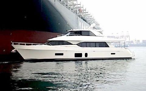 2018 Ocean Alexander 90