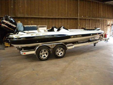 2010 Allison Boats XB 21 Bassport Pro