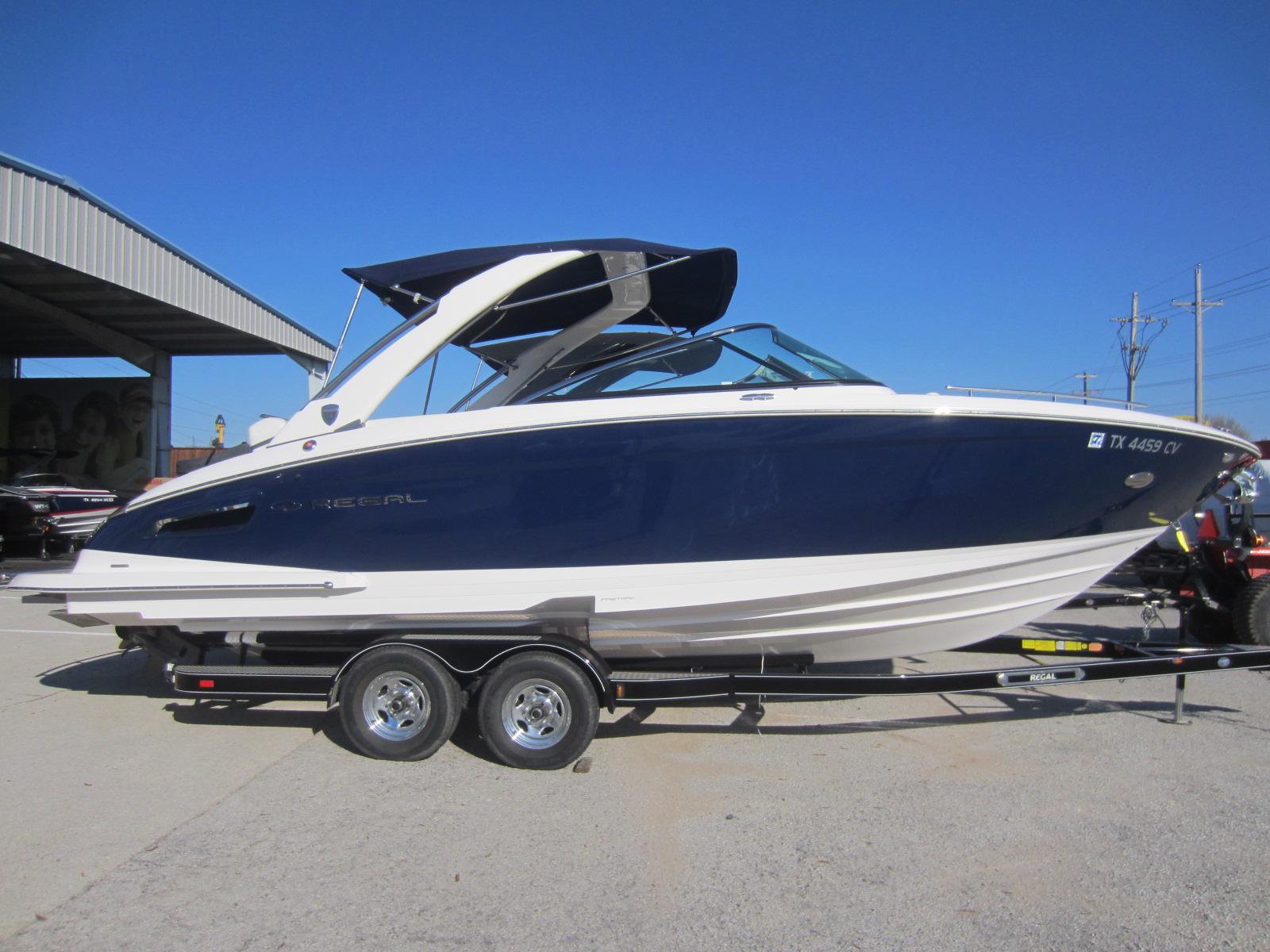 2015 Regal 2800 28 Foot 2015 Motor Boat In Lewisville Tx