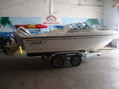 1997 Boston Whaler 20 Dauntless