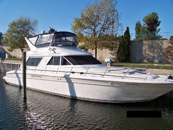 1993 Sea Ray 550 Sedan Bridge
