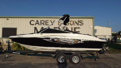 2009 Caravelle Boats 237 Bow Rider