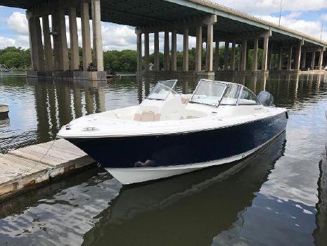 2013 Sea Hunt Escape 250