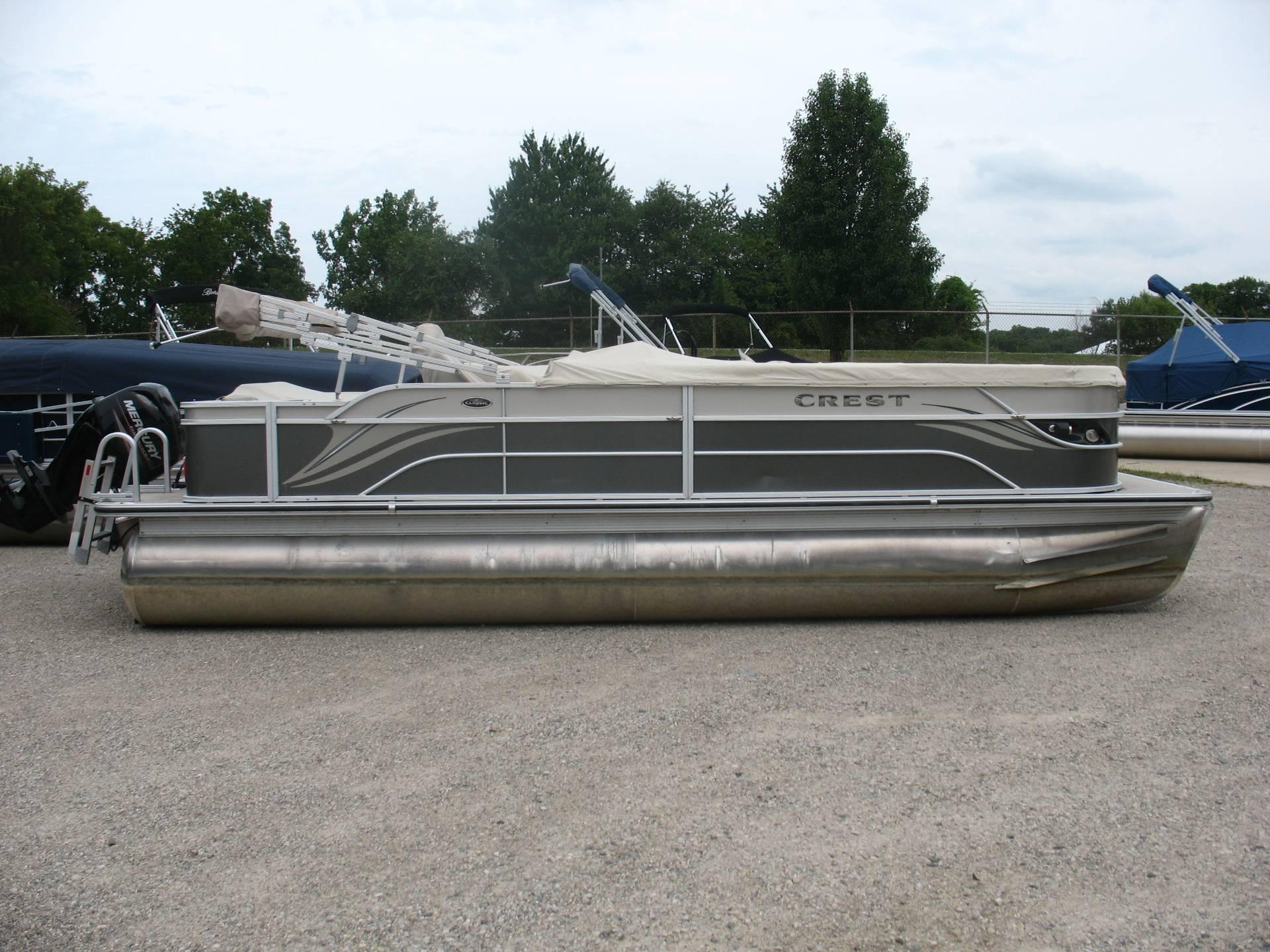 Used 2013 Crest Pontoon Boats Classic Slr Manitou Beach Mi 49253
