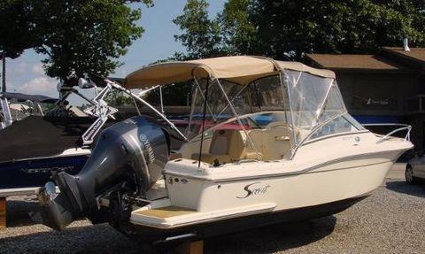 2014 Scout Boats 222 Dorado