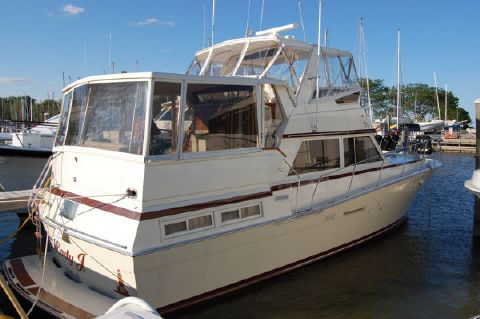 1984 Viking 44 Motor Yacht Photo 1