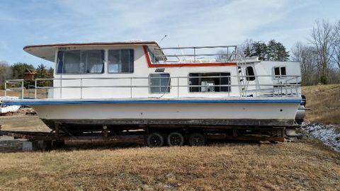 """1978 Gibson 36"""" ' Houseboat"""