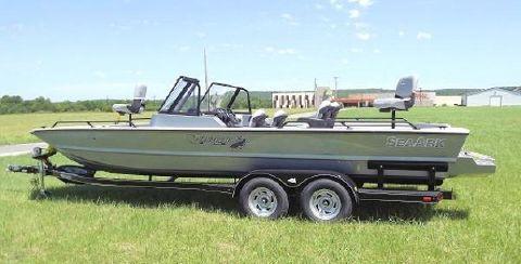 2018 Seaark ProCat 240