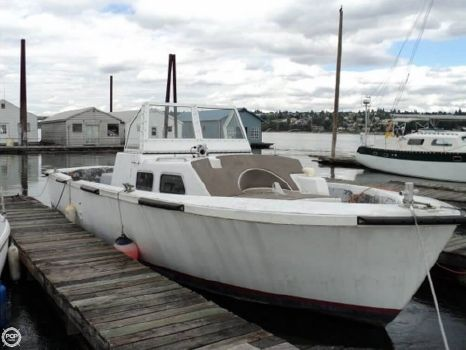 1980 Uniflite 36 LCPL Landing Craft Personnel Boat 1980 Uniflite 36 LCPL Landing Craft Personnel Boat for sale in Portland, OR