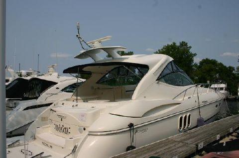2008 Cruisers 52 HARDTOP EXPRESS