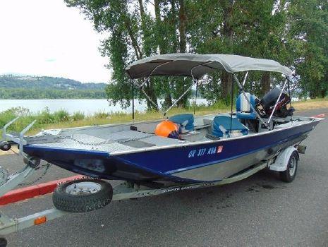2003 Smoker-craft 18