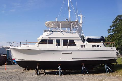 1994 Ocean Alexander 423 Classicco Port side bow.JPG