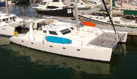 2000 Voyage Yachts 500