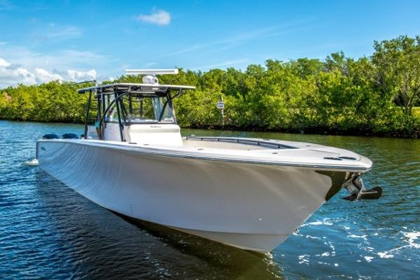 2014 SeaHunter Center Console