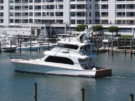 2000 TIFFANY YACHTS 72 Enclosed Bridge FullSizeRender.jpg