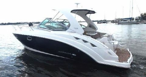 2013 Chaparral Signature 310 Port view from aft
