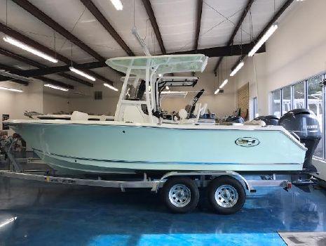 2017 Sea Hunt Ultra 225
