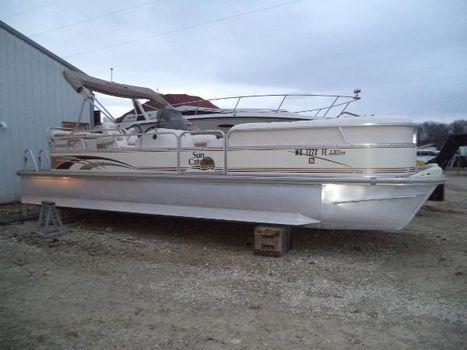 2005 G3 Boats LX 25C Tri-Toon