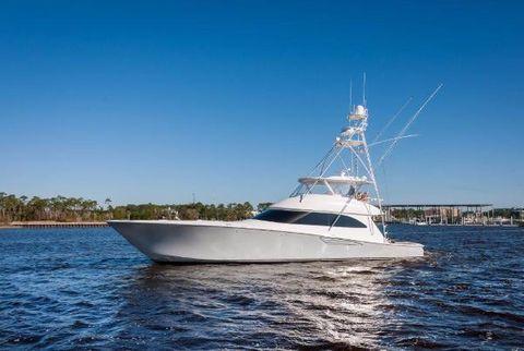 2015 Viking 70 Cnv Starboard Profile