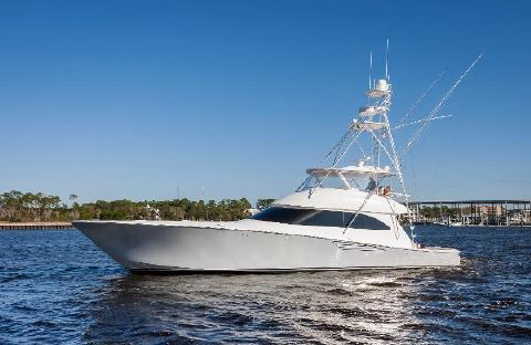2015 Viking 70 Convertible Starboard Profile