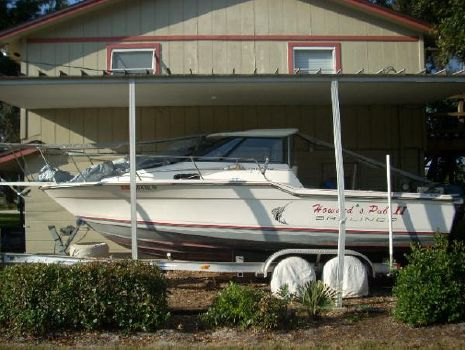 1990 Bayliner TROPHY 23