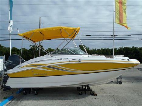 2015 Hurricane Sun Deck 2000 SD