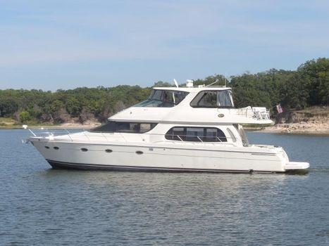 2006 Carver Voyager