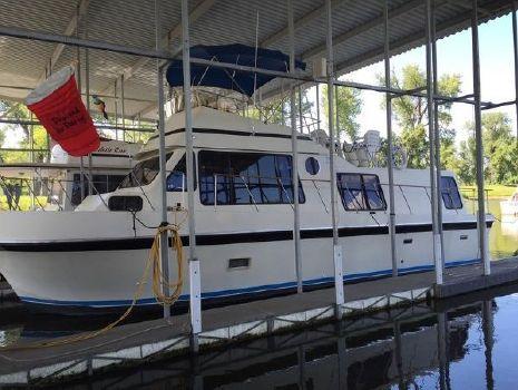 1977 Blue Water 42 Boattel Cruiser